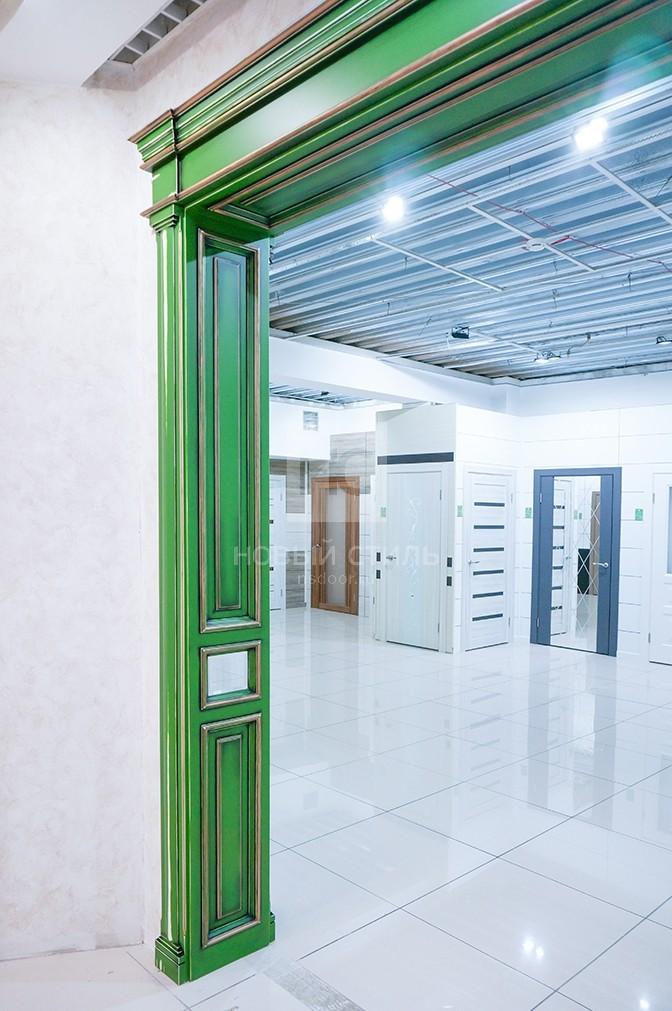 Двери с отделкой в стиле гранж
