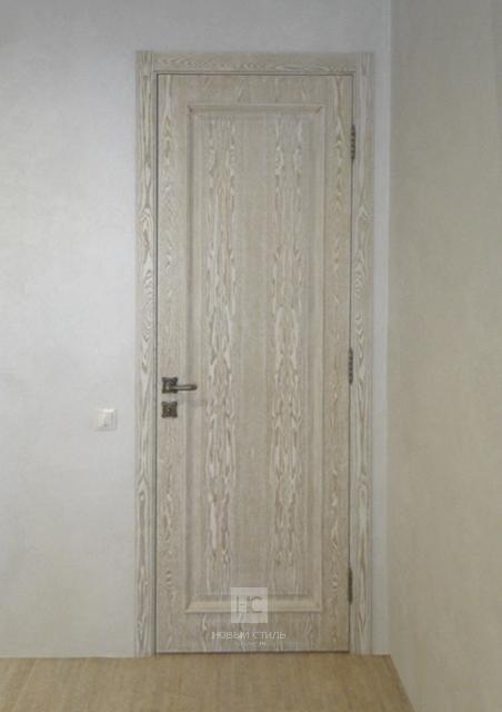 Классические двери с патиной